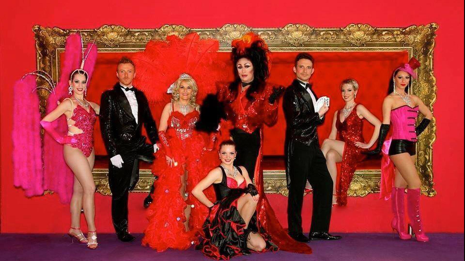 Elise castel troupe cabaret